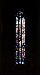 29.11.2013, Mailand, ITA, Architektur in Mailand, Mailand ist bekannt für historisch bedeutsame Bauwerke, im Bild Innenaufnahme buntes Glasfenster im MailaeŠnder Dom aufgenommen am 15 11 2013 // interior shot at Mailaender Dom, Mailand, Italy on 2013/11/15. EXPA Pictures © 2013, PhotoCredit: EXPA/ Eibner/ Eckhard Eibner<br /> <br /> *****ATTENTION - OUT of GER*****