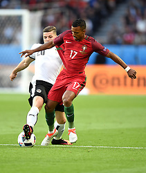 Nani of Portugal battles for the ball with Marcel Sabitzer of Austria  - Mandatory by-line: Joe Meredith/JMP - 18/06/2016 - FOOTBALL - Parc des Princes - Paris, France - Portugal v Austria - UEFA European Championship Group F