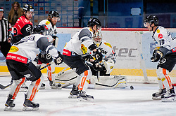22.10.2016, Ice Rink, Znojmo, CZE, EBEL, HC Orli Znojmo vs Dornbirner Eishockey Club, 13. Runde, im Bild v.l. Radek Cip (HC Orli Znojmo) Kevin Schmidt (Dornbirner) Olivier Magnan (Dornbirner) Florian Hardy (Dornbirner) Dustin Sylvester (Dornbirner) // during the Erste Bank Icehockey League 13th round match between HC Orli Znojmo and Dornbirner Eishockey Club at the Ice Rink in Znojmo, Czech Republic on 2016/10/22. EXPA Pictures © 2016, PhotoCredit: EXPA/ Rostislav Pfeffer