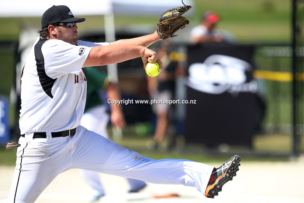 Pitcher Regan Manley of the Black Sox inaction during game two of the Trans Tasman Softball Series between the New Zealand Black Sox and the Australian Steelers at Tradestaff Rosedale Park in Albany, Auckland on 29 March 2014. Photo: Jason Oxenham / www.photosport.co.nz
