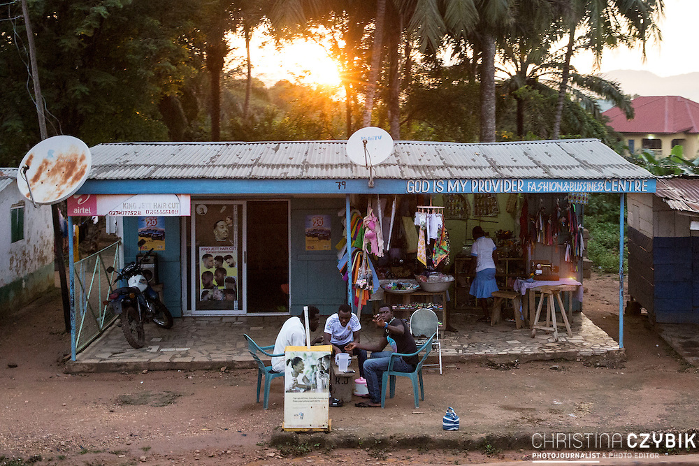 Street Photography in Hohoe, Ghana on September 6th, 2016.