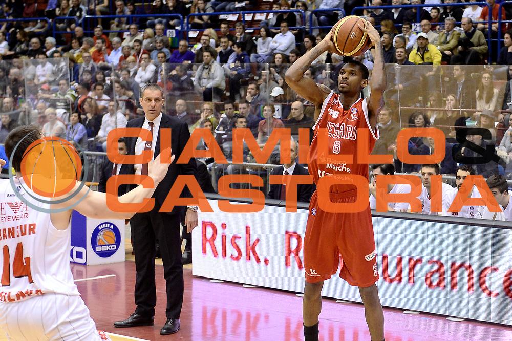 DESCRIZIONE : Milano Lega A 2013-14 EA7 Emporio Armani Milano Victoria Libertas Pesaro<br /> GIOCATORE : Johnson Ravern<br /> CATEGORIA : Tiro<br /> SQUADRA : Victoria Libertas Pesaro<br /> EVENTO : Campionato Lega A 2013-2014<br /> GARA : EA7 Emporio Armani Milano  Victoria Libertas Pesaro<br /> DATA : 31/03/2014<br /> SPORT : Pallacanestro <br /> AUTORE : Agenzia Ciamillo-Castoria/I.Mancini<br /> Galleria : Lega Basket A 2013-2014  <br /> Fotonotizia : Milano Lega A 2013-2014 Pallacanestro EA7 Emporio Armani Milano  Victoria Libertas Pesaro<br /> Predefinita :