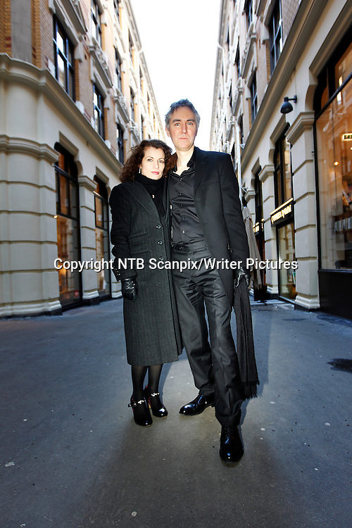 Oslo  20100303. Under psevdonymet Lars Kepler har det svenske forfatterparet  Alexandra Coelho Ahndoril og Alexander Ahndoril skrevet kriminalromanen Hypnotis&macr;ren. N&Acirc; kommer boken ut i norsk oversettelse.  <br /> Foto: Lise &asymp;serud / Scanpix<br /> <br /> NTB Scanpix/Writer Pictures<br /> <br /> WORLD RIGHTS, DIRECT SALES ONLY, NO AGENCY