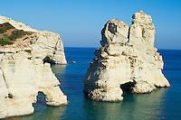 Grece, Cyclades, ile de Milos, falaises blanches de Kleftiko // Greece, Cyclades islands, Milos, Kleftiko