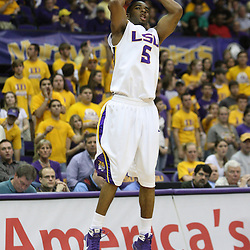 14 February 2009 LSU guard Marcus Thornton (5) shoots during a NCAA basketball game between SEC rivals the Ole Miss Rebels and the LSU Tigers at the Pete Maravich Assembly Center in Baton Rouge, LA.