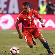 Chile Attacker ALEXIS SÁNCHEZ (7) dribbles up the field in the first half of a Copa America Centenario Group D match between the Chile and Panama Tuesday, June. 14, 2016 at Lincoln Financial Field in Philadelphia, PA.