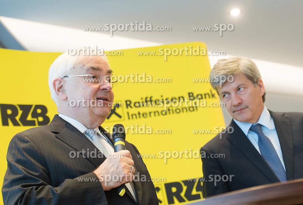 01.12.2016, RBI Zentrale, Wien, AUT, Raiffeisen Bank International, Pressekonferenz mit dem designierten Vorstandsvorsitzenden, im Bild v.l.n.r. Generaldirektor der Raiffeisen Zentralbank (RZB) Walter Rothensteiner und designierter Vorstandsvorsitzender Johann Strobl // f.l.t.r. Director General of the RZB Walter Rothensteiner and CEO-designate Johann Strobl during press conference of the RBI in Vienna, Austria on 2016/12/01, EXPA Pictures © 2016, PhotoCredit: EXPA/ Michael Gruber