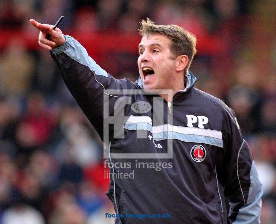 Barnsley - Saturday 21st February 2009 : Phil Parkinson the manager of Charlton Athletic during the Coca Cola Championship match at Oakwell, Barnsley. (Pic by Steven Price/Focus Images)