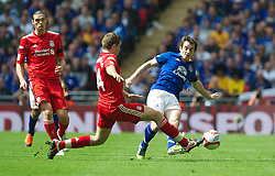 LONDON, ENGLAND - Saturday, April 14, 2012: Liverpool's Jordan Henderson and Everton's Leighton Baines during the FA Cup Semi-Final match at Wembley. (Pic by David Rawcliffe/Propaganda)