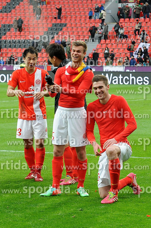 01.03.2014, BayArena, Leverkusen, GER, 1. FBL, Bayer 04 Leverkusen vs 1. FSV Mainz 05, 23. Runde, im Bild V l n r Shinji Okazaki, Ja-Cheol Koo, Benedikt Saller, Stefan Bell ( alle FSV Mainz 05 ) feiern ausgelassen den Auswaertssieg // during the German Bundesliga 23th round match between Bayer 04 Leverkusen and 1. FSV Mainz 05 at the BayArena in Leverkusen, Germany on 2014/03/01. EXPA Pictures &copy; 2014, PhotoCredit: EXPA/ Eibner-Pressefoto/ Thienel<br /> <br /> *****ATTENTION - OUT of GER*****