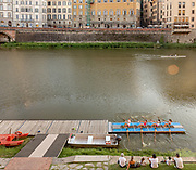 ITALY, FLORENCE: trainig on the Arno river