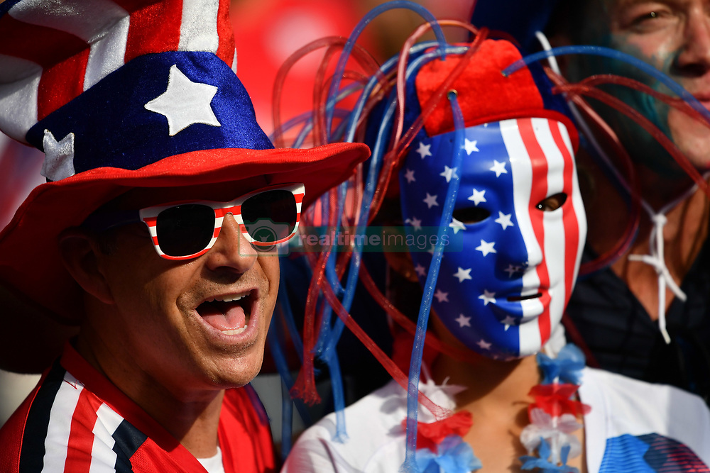 June 28, 2019 - Paris, ile de france, France - American fans before the quarter-final between FRANCE vs USA in the 2019 women's football World cup at Parc des Princes in Paris, on the 28 June 2019. (Credit Image: © Julien Mattia/NurPhoto via ZUMA Press)
