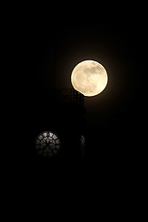 "©under license to London News Pictures. 19/03/2011. Leicester the moon is clearly seen on sky in Leicester.  The moon that today will appear to be the biggest in almost 20 years. Called a ""perigee moon"" this moon rise is a rare celestial event that occurs when the moon reaches the closest possible point of its orbit around the earth, about 212,000 miles away. photo credit should be read as: Michael Zemanek / LNP"