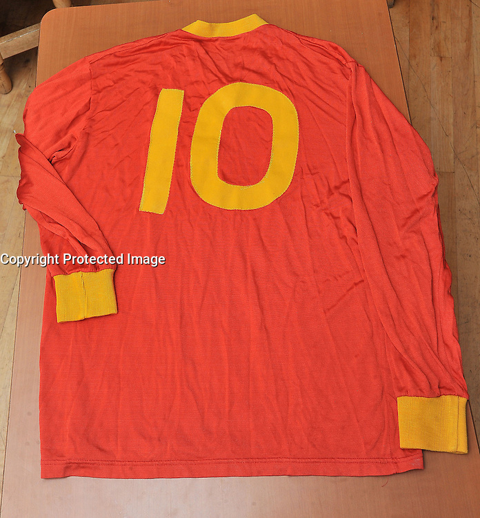 The Jersey of Castlebar Mitchels 1993/4 All Ireland Club championship finalists .<br /> Pic Conor McKeown