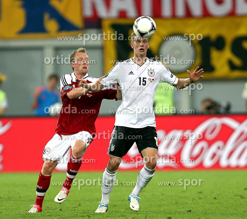 17.06.2012, Arena Lwiw, Lemberg, UKR, UEFA EURO 2012, Daenemark vs Deutschland, Gruppe B, im Bild MICHAEL KROHN DEHLI DEN LARS BENDER GER // MICHAEL KROHN DEHLI DEN  LARS BENDER GER // during the UEFA Euro 2012 Group B Match between Danmark and Germany at the Arena Lviv, Lviv, Ukraine on 2012/06/17. EXPA Pictures © 2012, PhotoCredit: EXPA/ Newspix/ Michael Nowak..***** ATTENTION - for AUT, SLO, CRO, SRB, SUI and SWE only *****