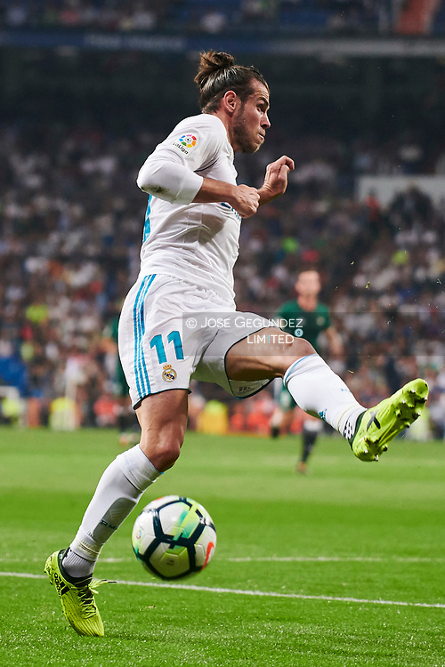 Gareth Bale (midfielder; Real Madrid) in action during La Liga match between Real Madrid and Real Betis Balompie at Santiago Bernabeu on September 20, 2017 in Madrid