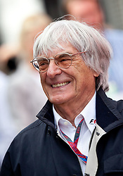 "10.07.2011, Silverstone Circuit, Silverstone, GBR, F1, Großer Preis von Großbritannien, Silverstone, im Bild Mister Formula 1, Bernard Charles ,,Bernie"" Ecclestone, Geschäftsführer der Formel-1-Holding // during the during the Formula One Championships 2011 British Grand Prix held at the Silverstone Circuit, Northamptonshire, United Kingdom, 2011-07-10, EXPA Pictures © 2011, PhotoCredit: EXPA/ J. Feichter"