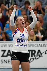20170430 NED: Eredivisie, VC Sneek - Sliedrecht Sport: Sneek<br />Janieke Popma (2) of VC Sneek <br />&copy;2017-FotoHoogendoorn.nl / Pim Waslander
