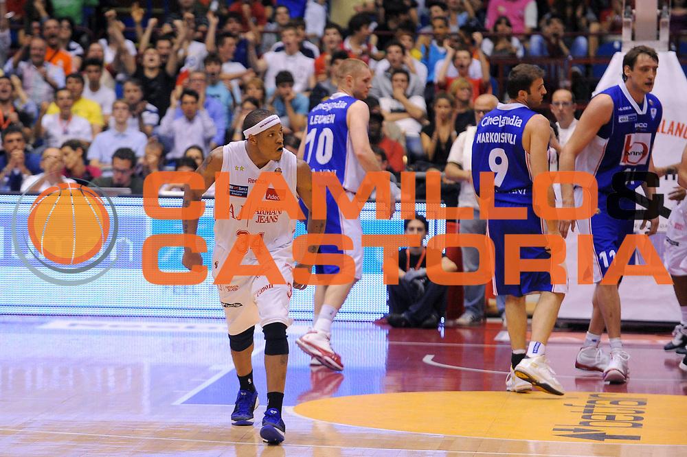 DESCRIZIONE : Milano Lega A 2010-11Semifinale Play off Gara 3 Armani Jeans Milano Bennet Cantu<br />GIOCATORE : David Hawkins<br />SQUADRA : Armani Jeans Milano<br />EVENTO : Campionato Lega A 2010-2011<br />GARA : Armani Jeans Milano Bennet Cantu<br />DATA : 03/06/2011<br />CATEGORIA : Ritratto Esultanza<br />SPORT : Pallacanestro<br />AUTORE : Agenzia Ciamillo-Castoria/A.Dealberto<br />Galleria : Lega Basket A 2010-2011<br />Fotonotizia : Milano Lega A 2010-11 Semifinale Play off Gara 3 Armani Jeans Milano Bennet Cantu<br />Predefinita :
