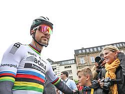 02.07.2017, Duesseldorf, GER, Tour de France, 2. Etappe von Düsseldorf (GER) nach Lüttich (BEL/203 km), im Bild SAGAN Peter (SVK, Team Bora-hansgrohe) // Peter Sagan of Slovakia during Stage 2 from Duesseldorf (GER) to Luettich (BEL/203 km) of the 2017 Tour de France in Duesseldorf, Germany on 2017/07/02. EXPA Pictures © 2017, PhotoCredit: EXPA/ Martin Huber