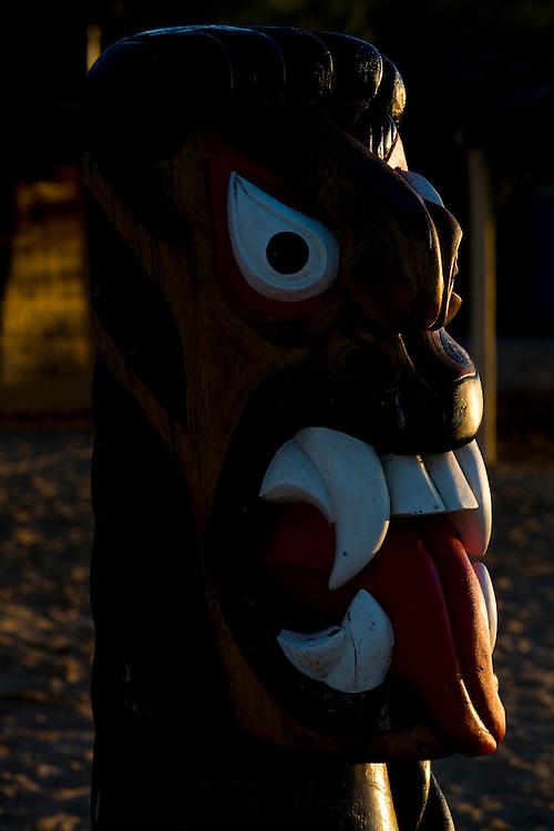 Sao Francisco_MG, Brasil...Rio Sao Francisco, o rio da integracao nacional. Na foto, a escultura de uma carranca...The Sao Francisco river, It is an important river for Brazil, called the river of national integration. In this photo, the sculpture of the carranca...Foto: LEO DRUMOND / NITRO