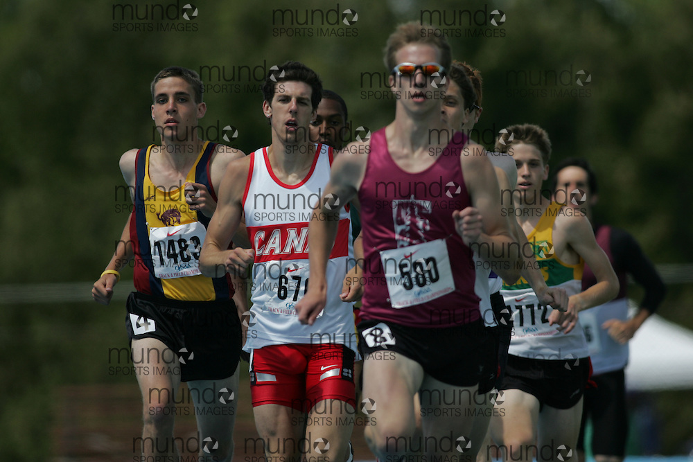 \o competing in the 800m heats at the 2007 OFSAA Ontario High School Track and Field Championships in Ottawa.