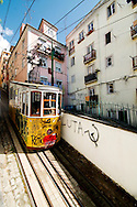 Bica funicular on a downhill trip