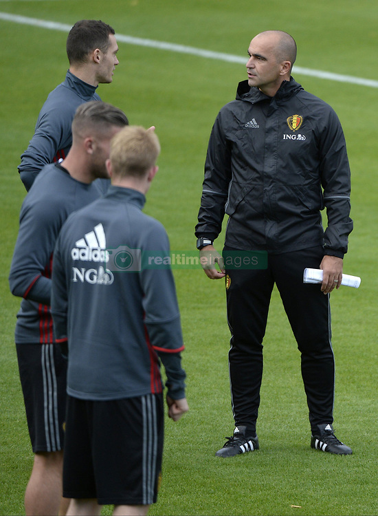 October 2, 2017 - Tubize, Belgique - TUBIZE, BELGIUM - OCTOBER 2 : Thomas Vermaelen defender of Belgium and Roberto Martinez head coach of Belgian Team during training session of the National Soccer Team of Belgium prior to the World Cup 2018 qualification games against Bosnia and Herzegovina and Cyprus at the Belgian Football center on October 02, 2017 in Tubize, Belgium, 2/10/2017 (Credit Image: © Panoramic via ZUMA Press)