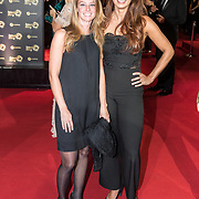 NLD/Amsterdam/20171012 - Televizier-ring Gala 2017, Jamilee Smith en vriendin