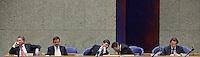 Nederland. Den Haag, 18 februari 2010.<br /> Bos, Rouvoet, Balkenende, Verhagen en Koenders in vak K. <br /> Spoeddebat in de Tweede Kamer over de ontstane crisissituatie binnen het kabinet over Uruzgan, daags voor de val van het vierde kabinet Balkenende. Een dag later valt het kabinet. kabinetscrisis, vak kabinet, Balkenende IV, Balkenende Vier, politiek, coalitie<br />  Foto Martijn Beekman