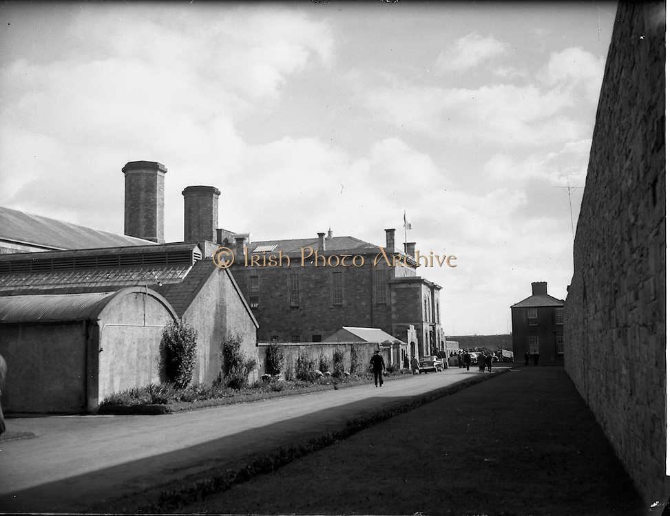 08/10/1961<br /> 10/08/1961<br /> 08 October 1961<br /> Views of Mountjoy Prison,  Phibsborough, Dublin.