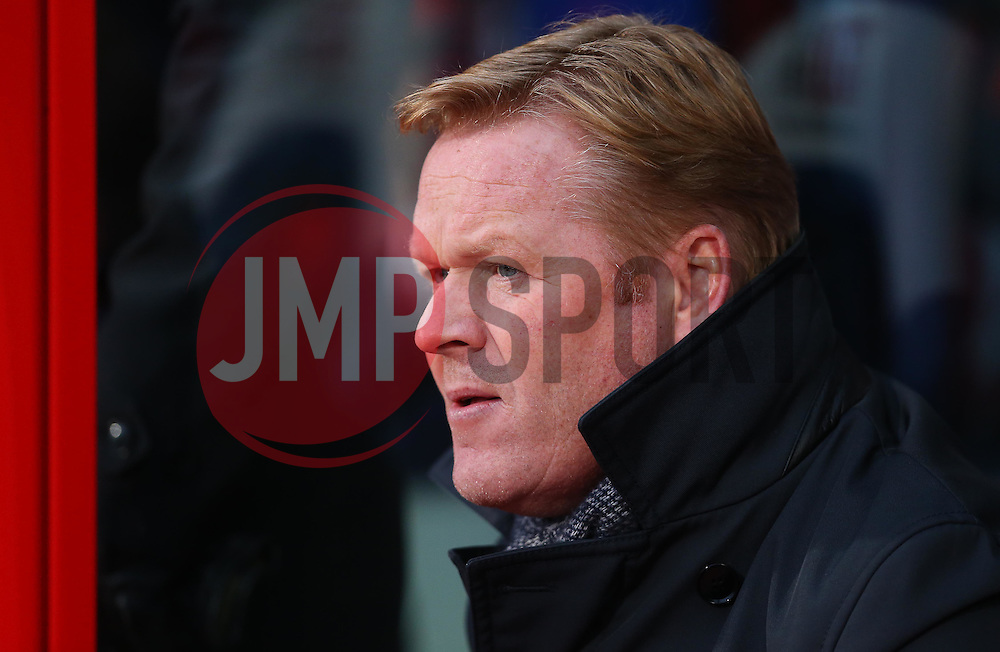 Southampton Manager Ronald Koeman - Mandatory byline: Paul Terry/JMP - 12/12/2015 - Football - Selhurst Park - London, England - Crystal Palace v Southampton - Barclays Premier League