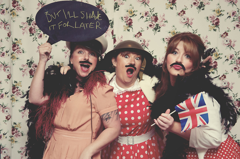 Lisa & Emma's 1940s 40th Birthday Party & Photo Booth ©Rebecca Douglas - www.rebeccadouglas.co.uk - www.facebook.com/rebeccadouglasphotography