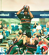 ZURICH PREMIER LEAGUE; Harlequins v London Irish.19-8-00.EX Quin, Chris Sheasby towers above his former team mates at the Stoop as L'Irish take a win against their ground share partners of last season............   [Mandatory Credit, Peter Spurier/ Intersport Images].