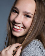 Headshot of female teen actress model