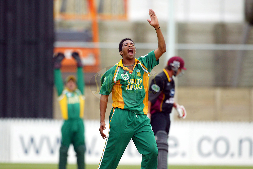 11th February 2004. Cricket, South African tour of New Zealand, Westpac Park, Hamilton, New Zealand..South Africa vs Northern Knights..Makhaya Ntini (SA) appeals.South Africa won by 6 wickets..Please credit: Sandra Teddy/ Photosport