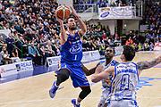 DESCRIZIONE : Beko Legabasket Serie A 2015- 2016 Dinamo Banco di Sardegna Sassari - Acqua Vitasnella Cantu'<br /> GIOCATORE : Roko Ukic<br /> CATEGORIA : Tiro Penetrazione<br /> SQUADRA : Acqua Vitasnella Cantu'<br /> EVENTO : Beko Legabasket Serie A 2015-2016<br /> GARA : Dinamo Banco di Sardegna Sassari - Acqua Vitasnella Cantu'<br /> DATA : 24/01/2016<br /> SPORT : Pallacanestro <br /> AUTORE : Agenzia Ciamillo-Castoria/L.Canu