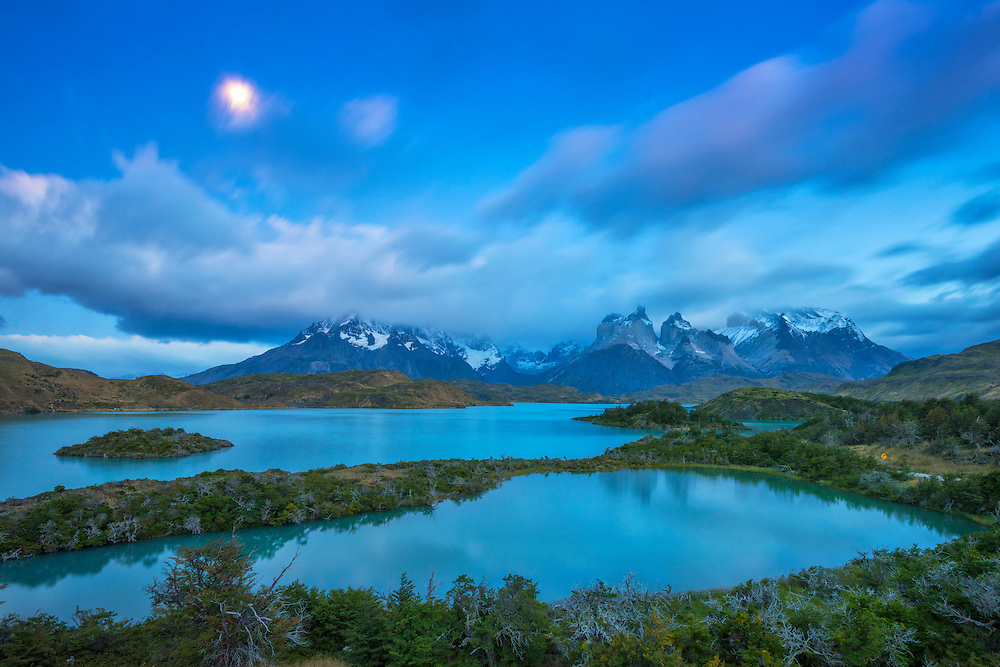 South America; Patagonia; Chile; Torres del Paine; National Park; UNESCO; World Heritage; Lago Pehoe; reflection; mountains; peaks; andes; landscape; nature