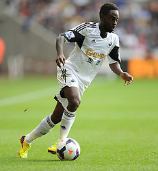 Swansea City's Nathan Dyer - Photo mandatory by-line: Alex James/JMP - Tel: Mobile: 07966 386802 19/10/2013 - SPORT - FOOTBALL - Liberty Stadium - Swansea - Swansea City v Sunderland - Barclays Premier League