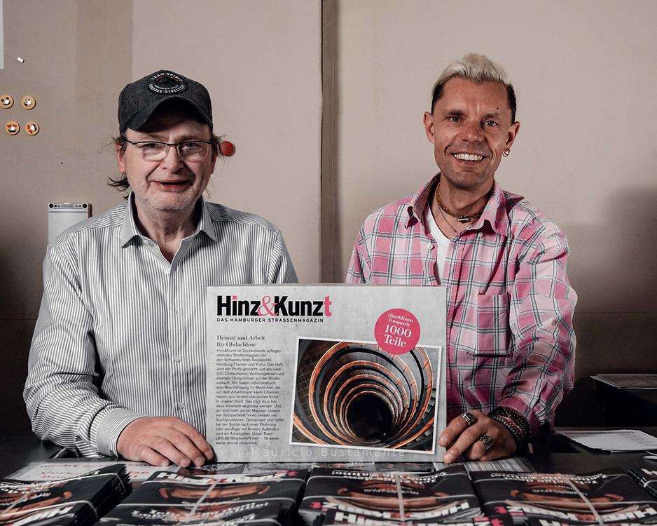 Jürgen Jobsen mit dem Puzzle Hamburg Deutschland. 16.07.2020 Foto Mauricio Bustamante