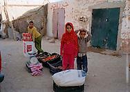 Febbraio 2012.The Saharawi refugee camp Smara.Il mercato