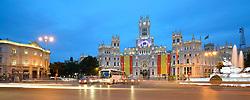THEMENBILD - Madrid ist seit Jahrhunderten der geographische, politische und kulturelle Mittelpunkt Spaniens (siehe Kastilien) und der Sitz der spanischen Regierung. Hier residieren auch der König, ein katholischer Erzbischof sowie wichtige Verwaltungs- und Militärbehörden. Als Handels- und Finanzzentrum hat die Stadt nationale und internationale Bedeutung. Hier im Bild Feiertagsbeflaggung zu Ehren der Kroenungsfeier von Koenig Felipe VI, des Palast Palacio de Comunicaciones, auch Palacio Nuestra Senora de Correos, ehemaliges Hauptpostamt, links Casa de Am??rica, Plaza Cibeles // THEMATIC PACKAGES - Madrid is the capital and largest city of Spain. The population of the city is roughly 3.3 million and the entire population of the Madrid metropolitan area is calculated to be around 6.5 million. It is the third-largest city in the European Union, after London and Berlin, and its metropolitan area is the third-largest in the European Union after London and Paris. The city spans a total of 604.3 km2. EXPA Pictures © 2014, PhotoCredit: EXPA/ Eibner-Pressefoto/ Weber<br /> <br /> *****ATTENTION - OUT of GER*****