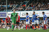 Photo: Lee Earle.<br /> Portsmouth v Manchester United. The Barclays Premiership. 07/04/2007.United keeper Edwin Van Der Sar (2ndL) joins the attack as time runs out.