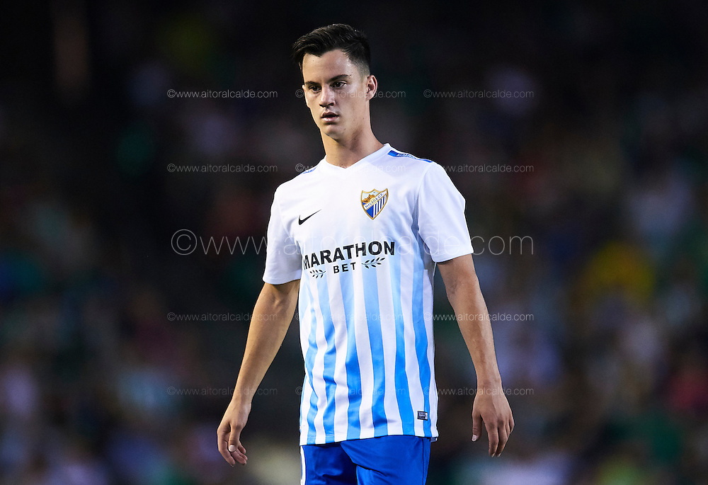 """SEVILLE, SPAIN - SEPTEMBER 23:  Juan Pablo Anor """"Juanpi"""" of Malaga CF looks on during the match between Real Betis Balompie vs Malaga CF as part of La Liga at Benito Villamarin stadium on September 23, 2016 in Seville, Spain.  (Photo by Aitor Alcalde Colomer/Getty Images)"""