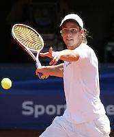 Internationales ATP Turnier am Stuttgarter Weissenhof Herren Einzel  Gaston GAUDIO (ARG) spielt eine Vorhand.