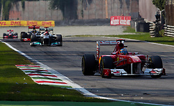 11.09.2011, Autodromo Nationale, Monza, ITA, F1, Grosser Preis von Italien, Monza, im Bild Sebastian Vettel (GER), Red Bull Racing-Renault vor, Michael Schumacher (GER), Mercedes GP Petronas F1 Team , Lewis Hamilton (GBR), McLaren-Mercedes und Jenson Button (GBR), McLaren-Mercedes  // during the Formula One Championships 2011 Italian Grand Prix held at the Autodromo Nationale, Monza, near Milano, Italy, 2011-09-11, EXPA Pictures © 2011, PhotoCredit: EXPA/ J. Feichter