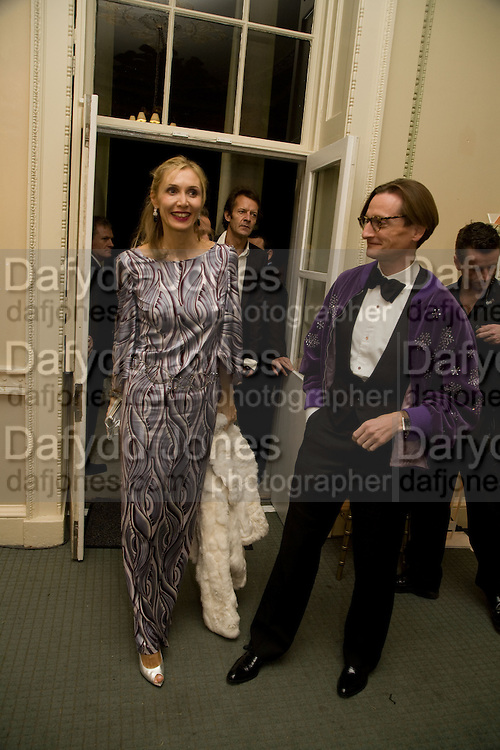 ALLEGRA HICKS; HAMISH BOWLES, Nicky Haslam party for Janet de Botton and to celebrate 25 years of his Design Company.  Parkstead House. Roehampton. London. 16 October 2008.  *** Local Caption *** -DO NOT ARCHIVE-© Copyright Photograph by Dafydd Jones. 248 Clapham Rd. London SW9 0PZ. Tel 0207 820 0771. www.dafjones.com.