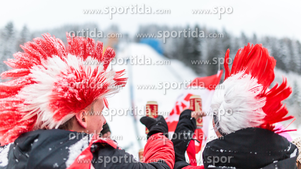 16.01.2016, Kulm, Bad Mitterndorf, AUT, FIS Skiflug WM, Kulm, im Bild Österreich Fans // Austrian fans cheering during FIS Ski Flying World Championships at the Kulm in Bad Mitterndorf, Austria on 2016/01/16. EXPA Pictures © 2016, PhotoCredit: EXPA/ JFK