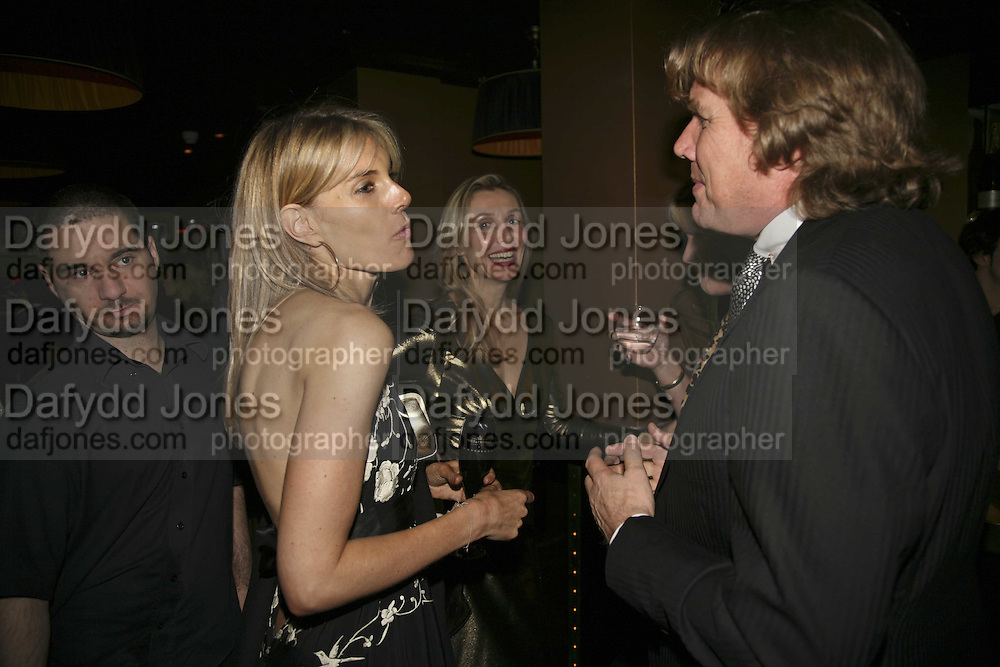 Kim Hersov, Allegra Hicks and Theo Fennell, Bazaar and Moet  Black, White and Gold party. Ronnie Scott's. Frith St. London. 16 november 2006. ONE TIME USE ONLY - DO NOT ARCHIVE  © Copyright Photograph by Dafydd Jones 66 Stockwell Park Rd. London SW9 0DA Tel 020 7733 0108 www.dafjones.com