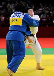 06-02-2011 JUDO: IJF GRAND SLAM PARIS 2011: PARIS.Final +78 kg POLAVDER, Lucija SLO and TACHIMOTO, Megumi JPN.©2011-WWW.FOTOHOOGENDOORN.NL / SPORTIDA PHOTO AGENCY